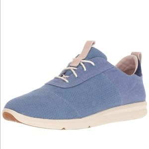 NWT Toms Cabrillo Sneakers - Infinity Blue